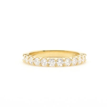 Medium Gold Scalloped Diamond Band