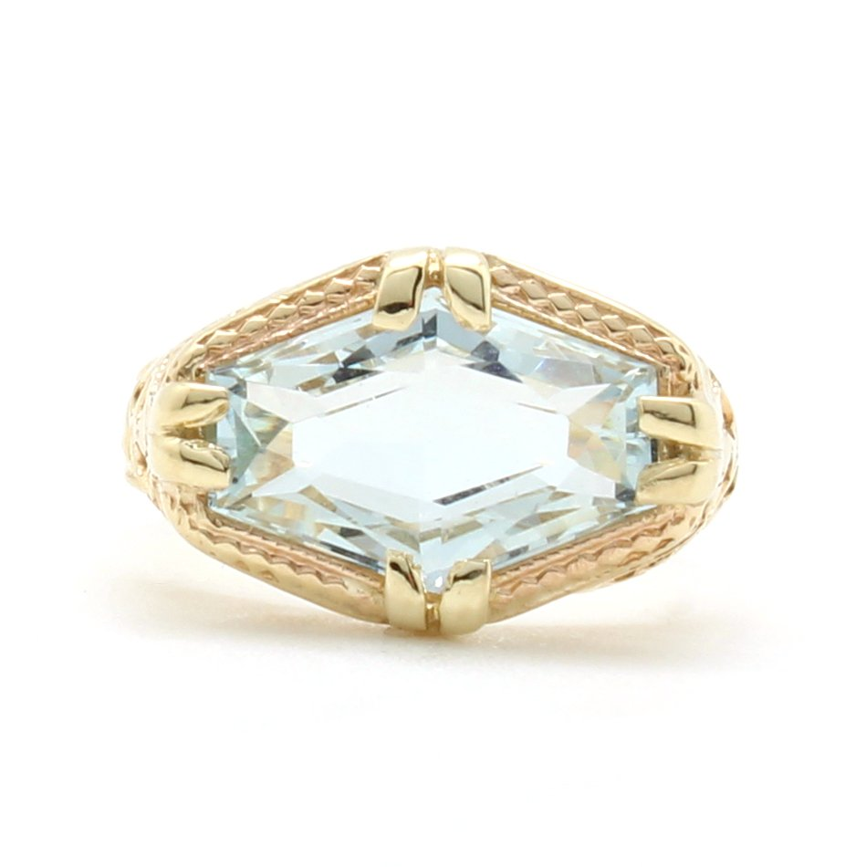 Vintage Aquamarine Filagree Ring • D & H Jewelers
