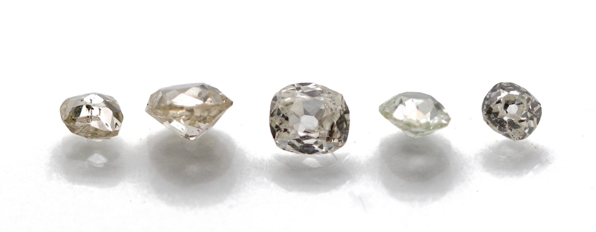 the process of mining and cutting of diamonds Cutting diamonds - cutting diamonds requires a special process because of the hardness of the stones learn about the process of cutting diamonds and the cleaving procedure.