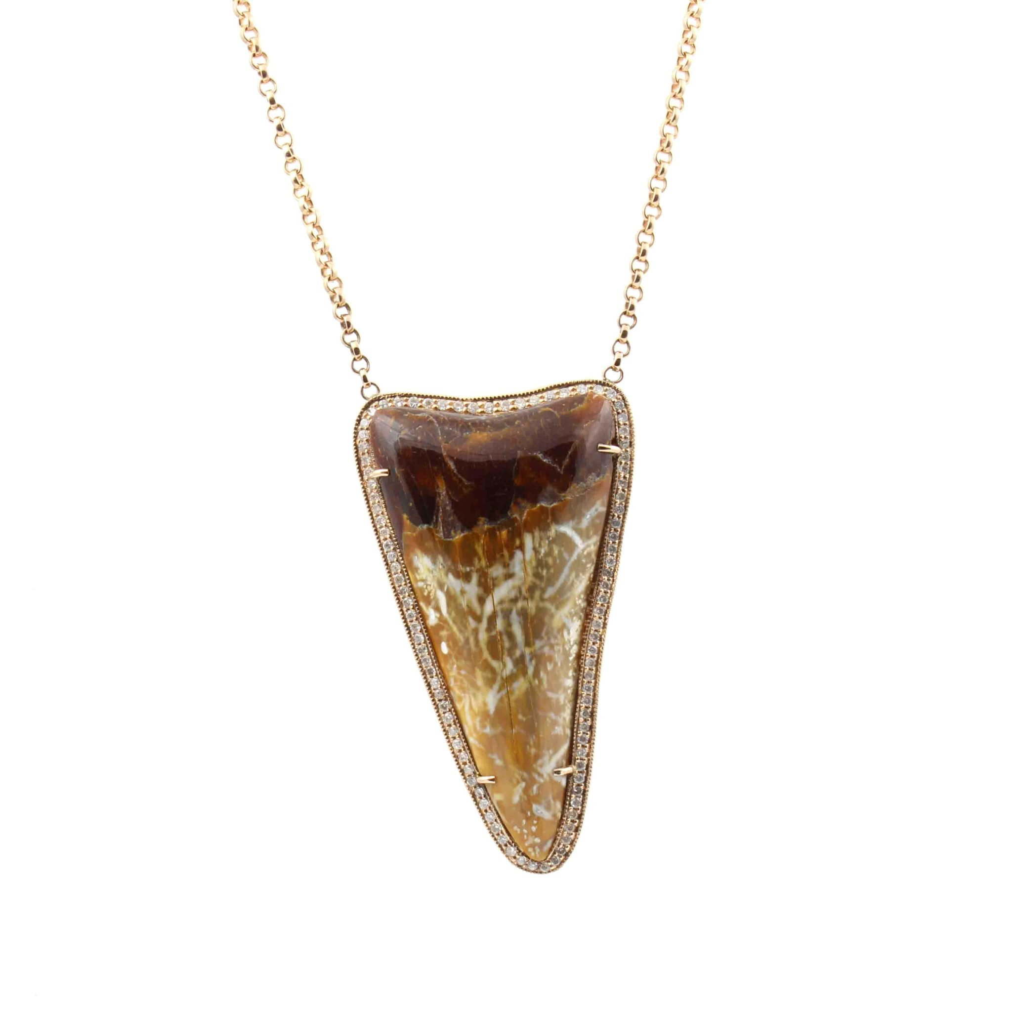 tooth product in pendant jewelry gallery givenchy blackmetallic necklace lyst metallic shark